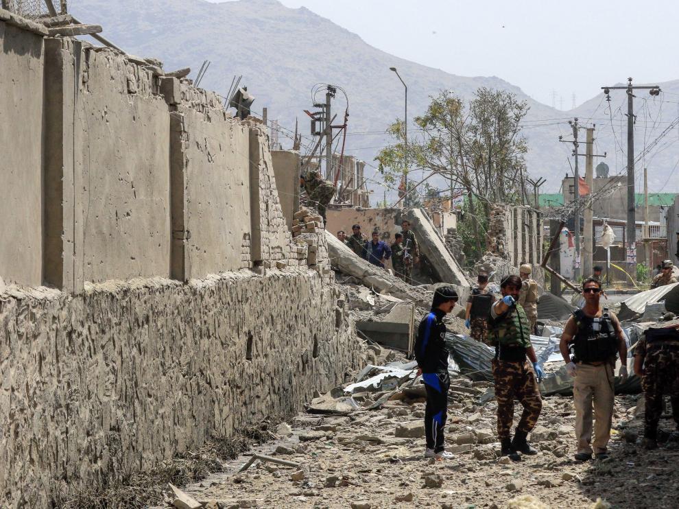 Atentado con un coche cargado de explosivos en Kabul (Afganistán).