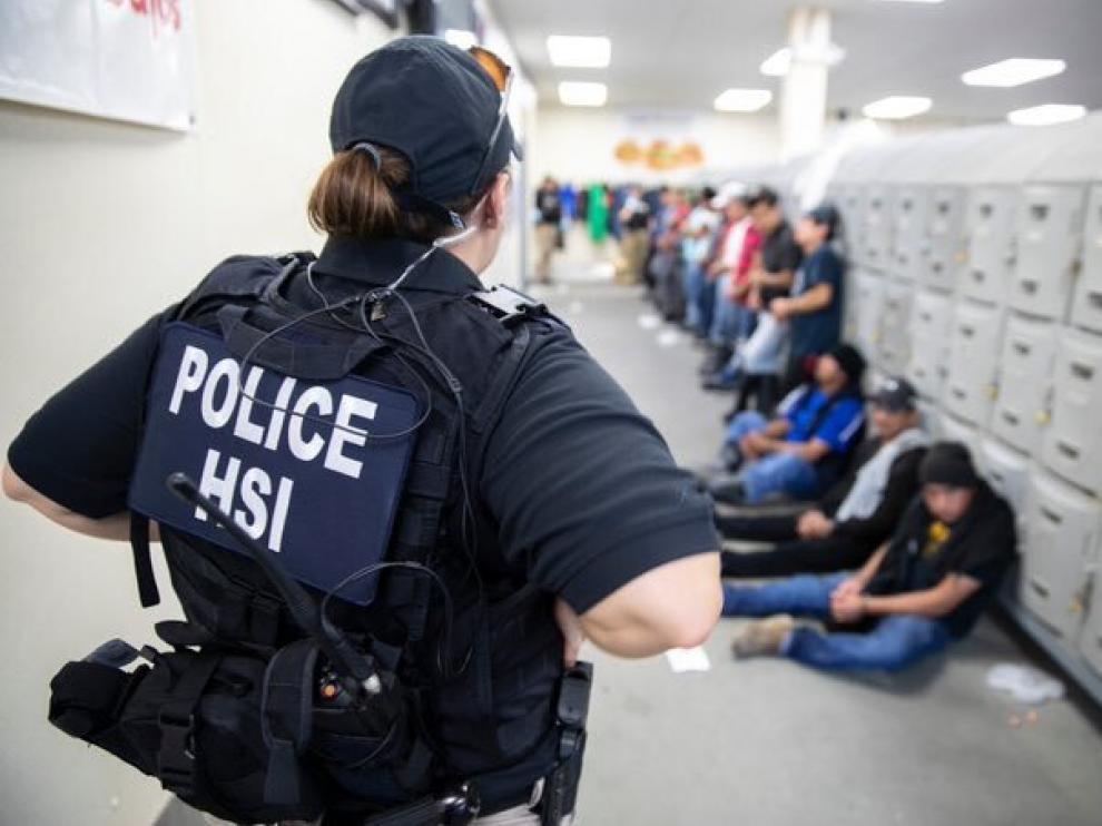 107 mexicanos detenidos.