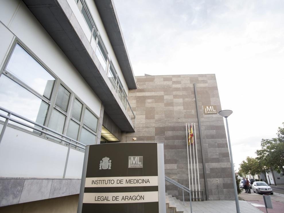 Imagen de archivo de la fachada del Instituto de Medicina Legal de Aragón, en Zaragoza.