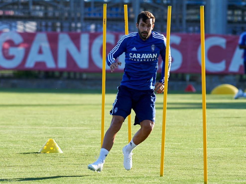 Alberto Guitián, en la tarde de este lunes en la Ciudad Deportiva, en su primer entrenamiento con el equipo tras pasarse la pretemporada en blanco por una operación de apendicitis.