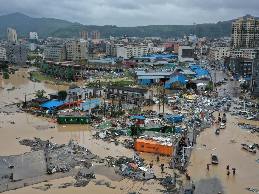 La ciudad de Dajing, dañada por el tifón.