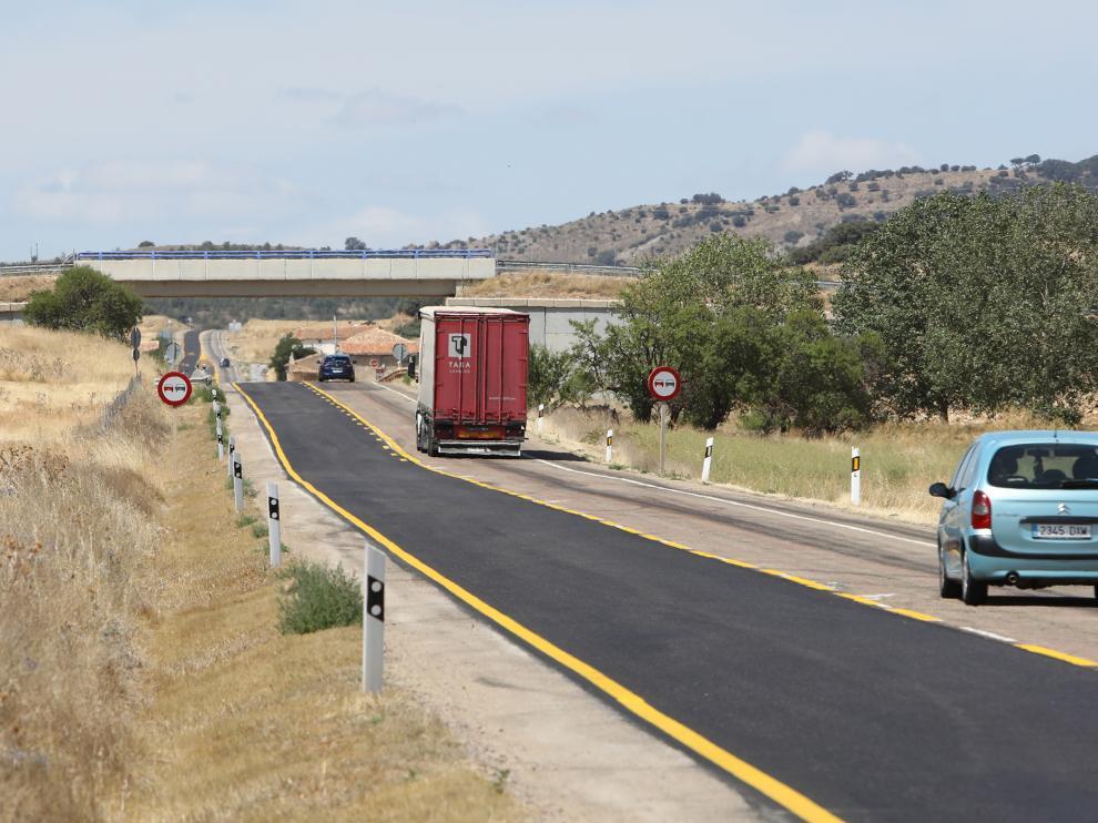 Obras carretera N-211 a la altura de Pozuel del Campo/12-08-19/foto:Javier Escriche [[[FOTOGRAFOS]]]