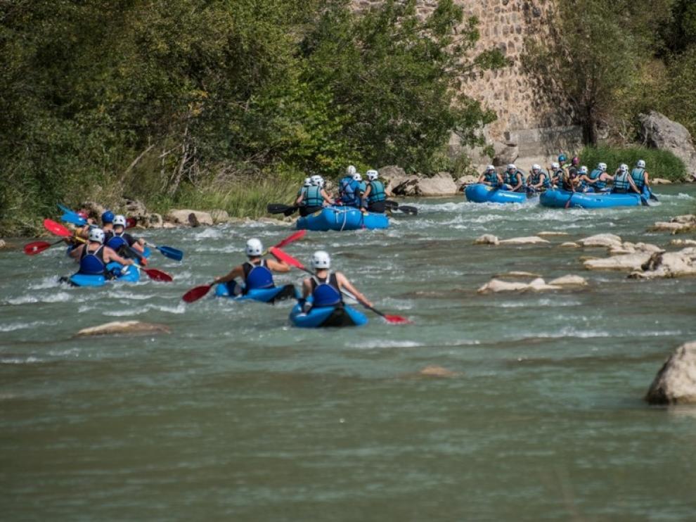 El Gállego permite hacer rafting, canoas, kayak o hidrospeed, entre otras actvidades.