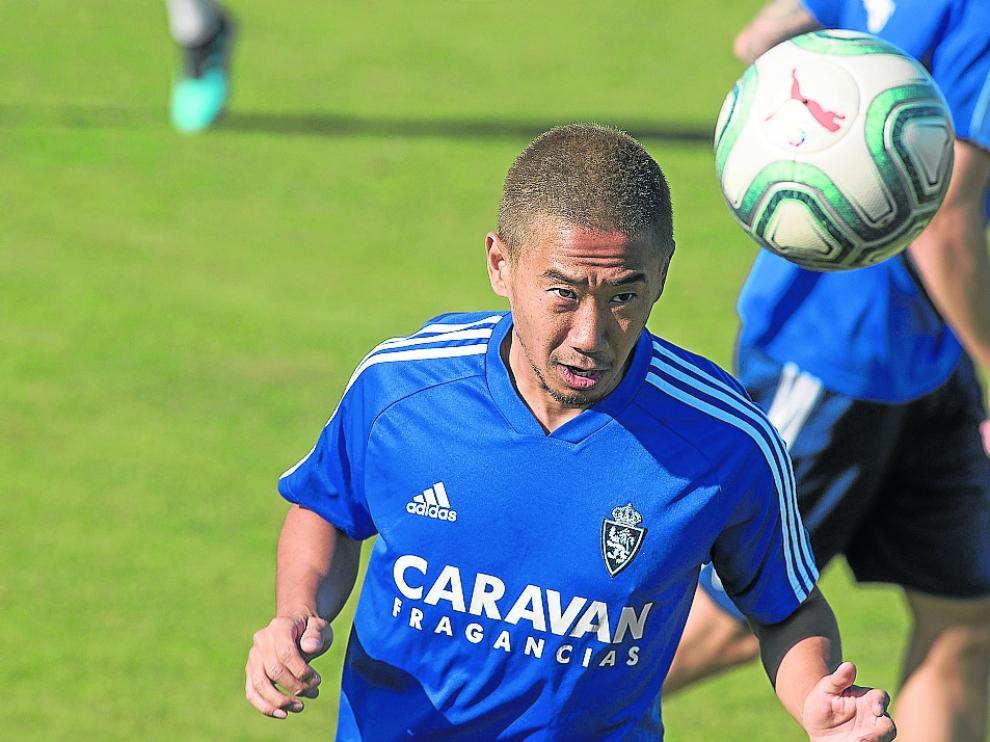 Kagawa, en el entrenamiento de este miércoles, está contribuyendo a crear expectación.