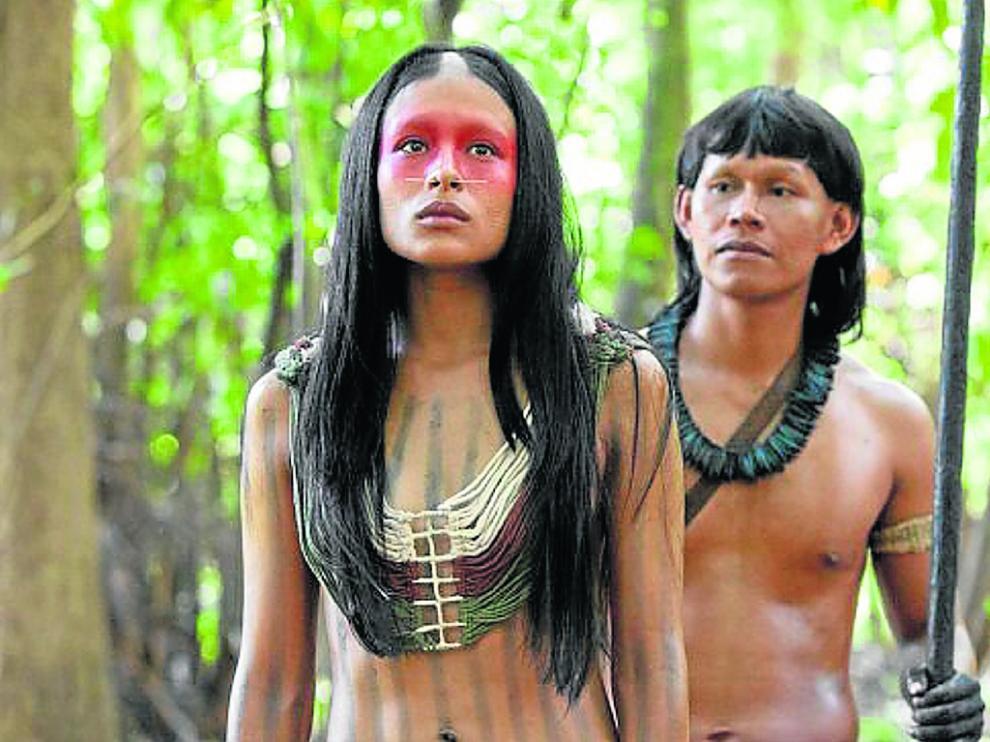 Yua y Ushe en la serie 'Frontera verde', también conocidos como los Eternos.