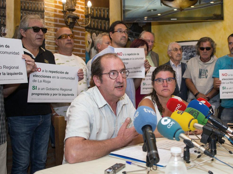 Un movimiento ciudadano exige a los partidos de PSOE y Podemos de la Rioja que lleguen a un acuerdo para formar gobierno.