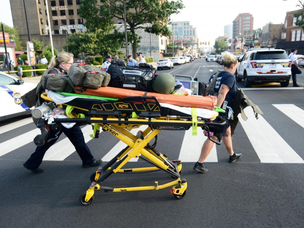 Tiroteo en la ciudad de Philadelphia, donde han resultado heridos al menos cinco policías.