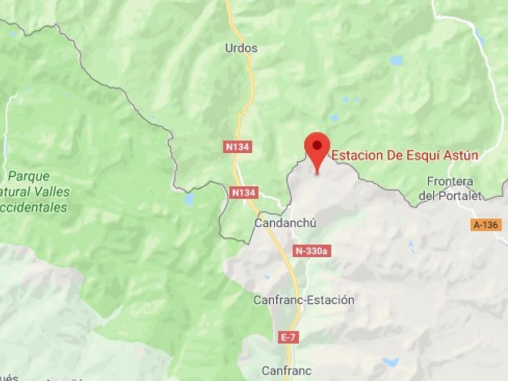 La Guardia Civil rescata a una montañera herida grave en el pico del Monje de Astún