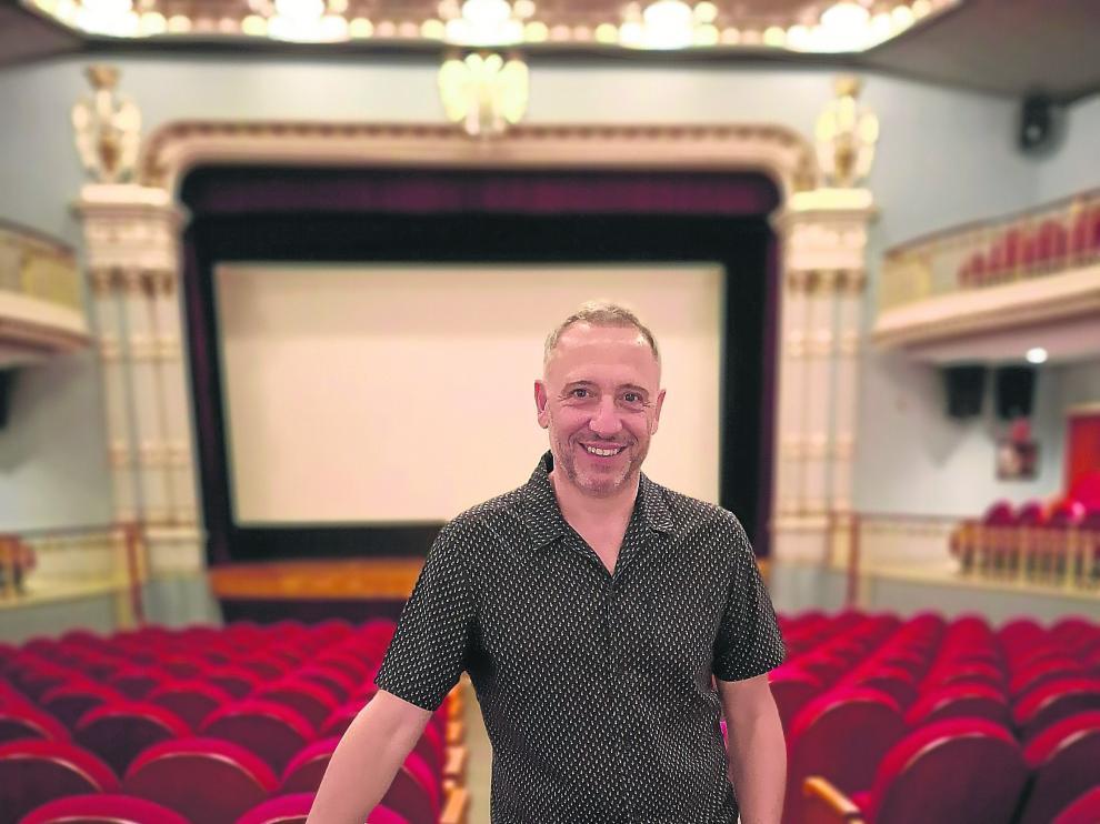 Nacho G. Velilla, en el Teatro de Bellas Artes de Tarazona.