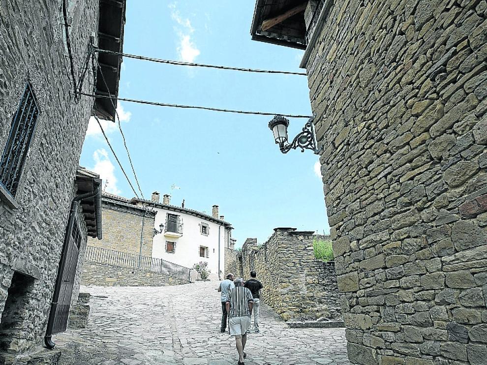Bagues solo tiene 12 habitantes.