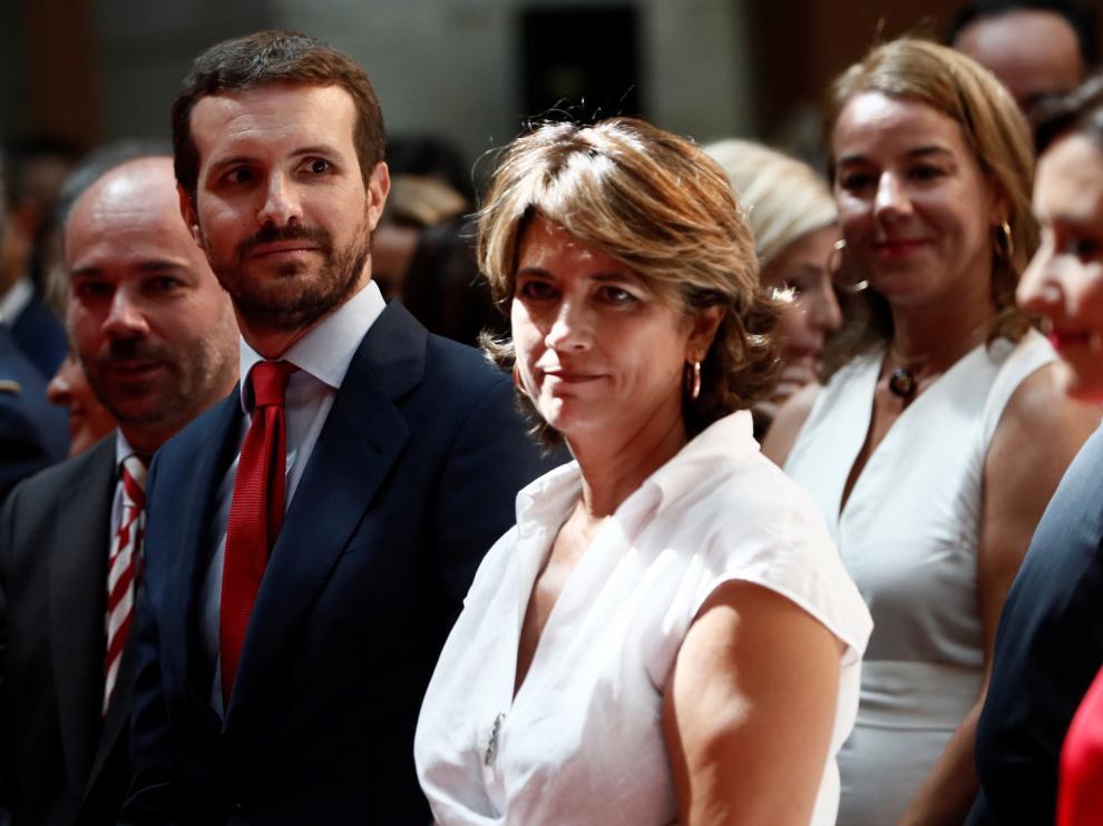 Pablo Casado ha sorprendido con una nueva imagen en la toma de posesión de la nueva presidenta de la Comunidad de Madrid, Isabel Díaz Ayuso.