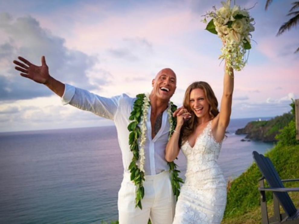 El actor Dwayne Johnson, 'La Roca', se casa en secreto en Hawái con Lauren Hashian