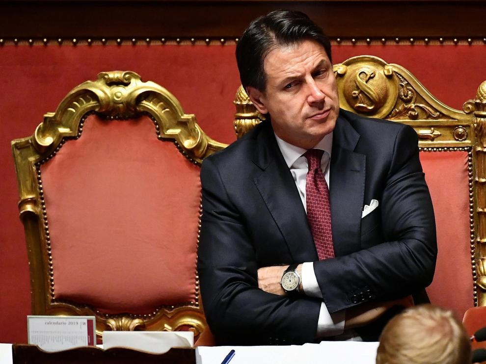 Rome (Italy), 20/08/2019.- Italian Prime Minister Giuseppe Conte looks on after he addressed the Senate in Rome, Italy, 20 August 2019. Conte said that the government has come to an end and that he would resign. (Italia, Roma) EFE/EPA/ETTORE FERRARI Italian Premier Giuseppe Conte addresses the Senate