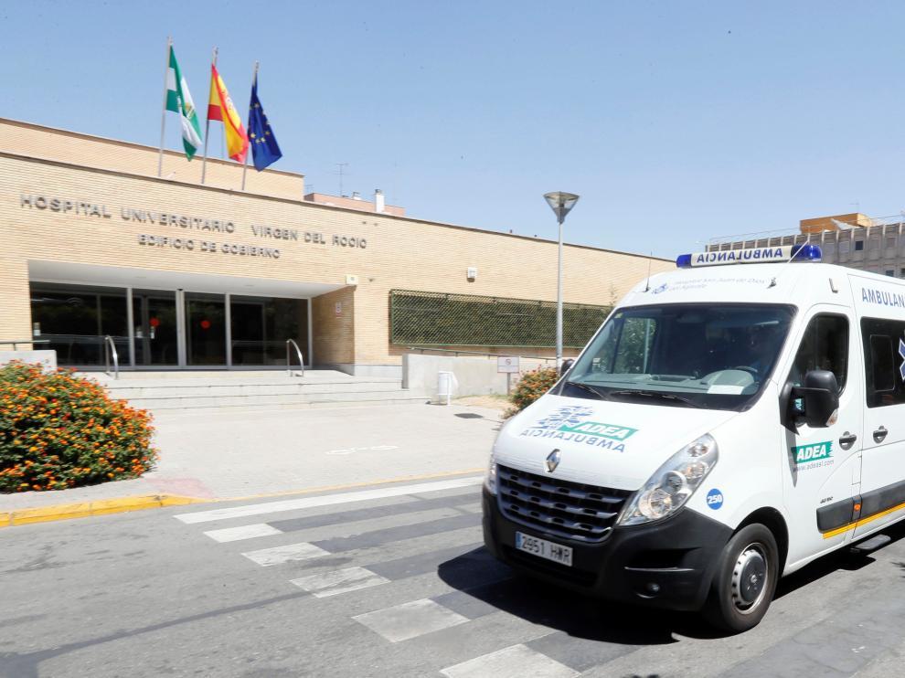 El hospital Virgen del Rocío de Sevilla donde ha fallecido una anciana de 90 años por listeriosis.