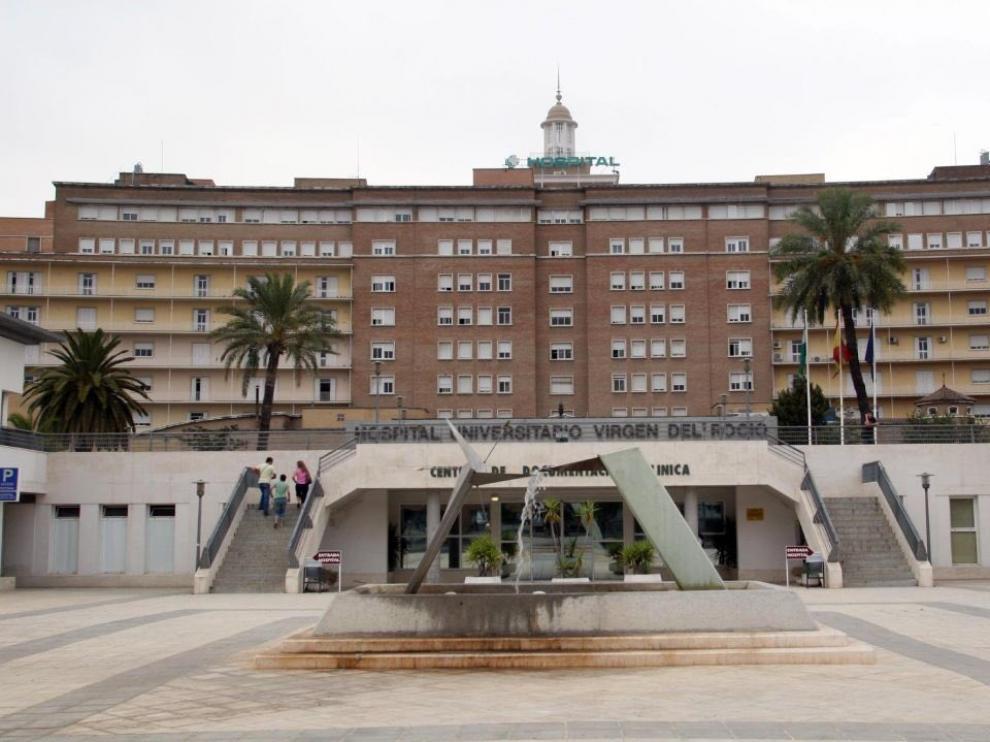 Hospital Virgen del Rocío, donde están atendidos parte de los afectados.