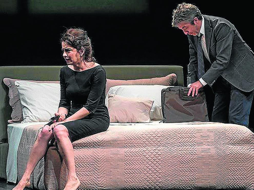 Andrea Pietra y Ricardo Darín, en 'Escenas de la vida conyugal'.