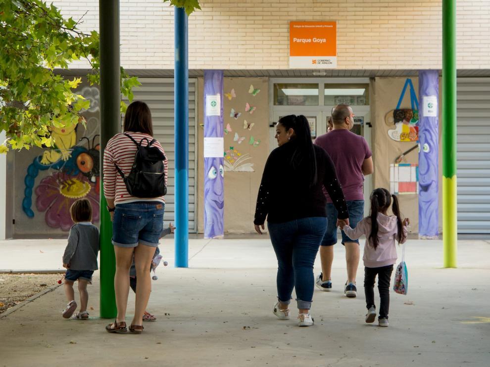 Inicio del curso en el CEIP Parque Goya, uno de los que cuentan con aula de dos años.