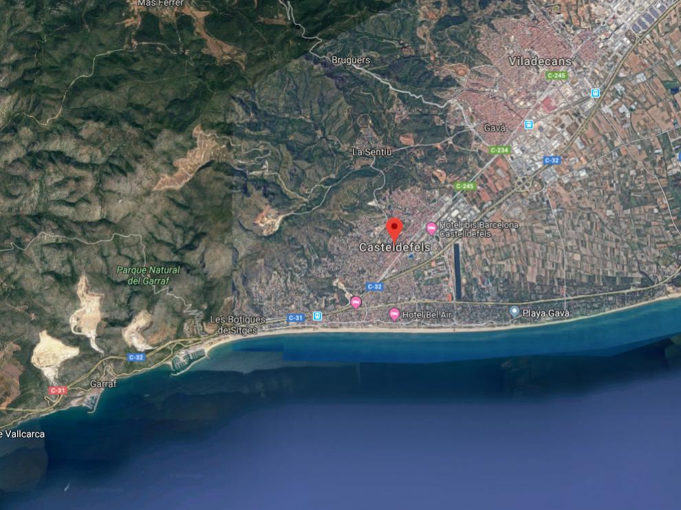 Un grupo de encapuchados ha atracado la madrugada de este sábado un hotel en Castelldefels