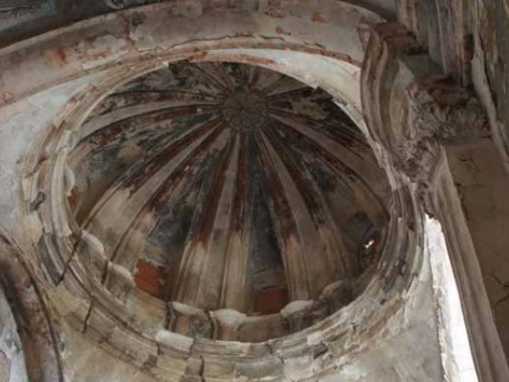 Detalle del interior de la capilla, que lleva 50 años tapiada.