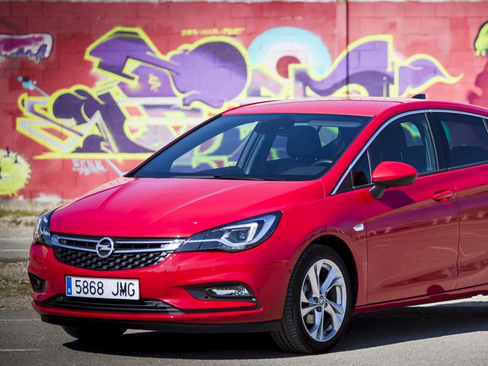 Pruebas del nuevo Opel Astra en una imagen de 2017.