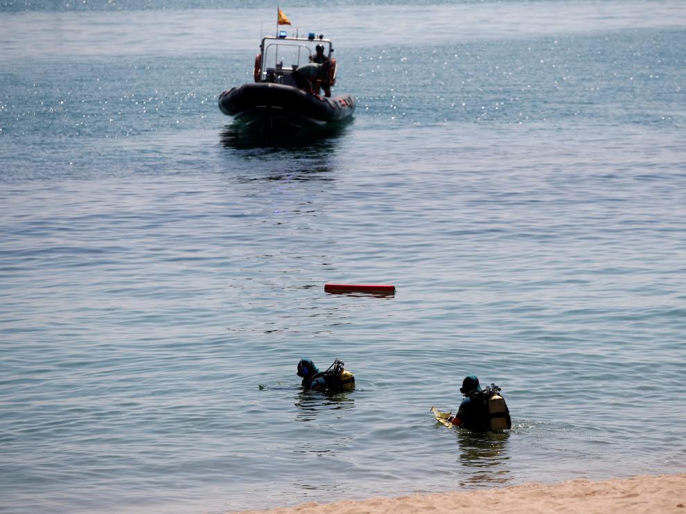La Armada desactiva el artefacto encontrado en la playa.