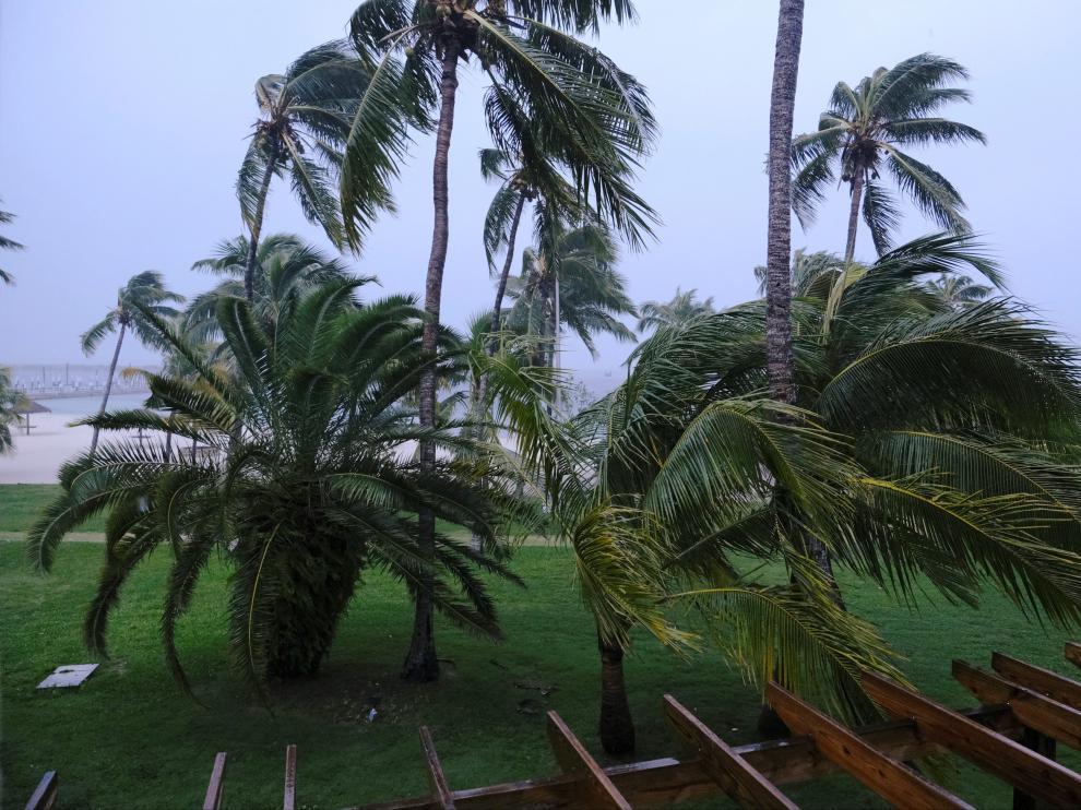 """El """"catastrófico"""" Dorian encara Bahamas como huracán de categoría 5."""