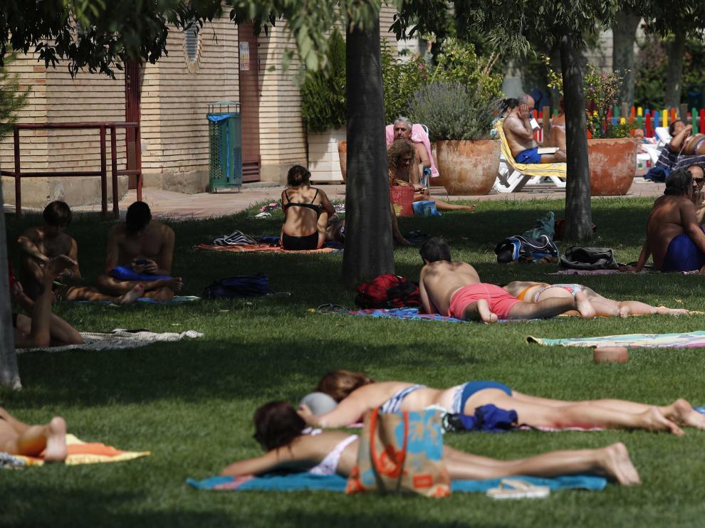 Último día de la temporada de piscinas de verano en Zaragoza.