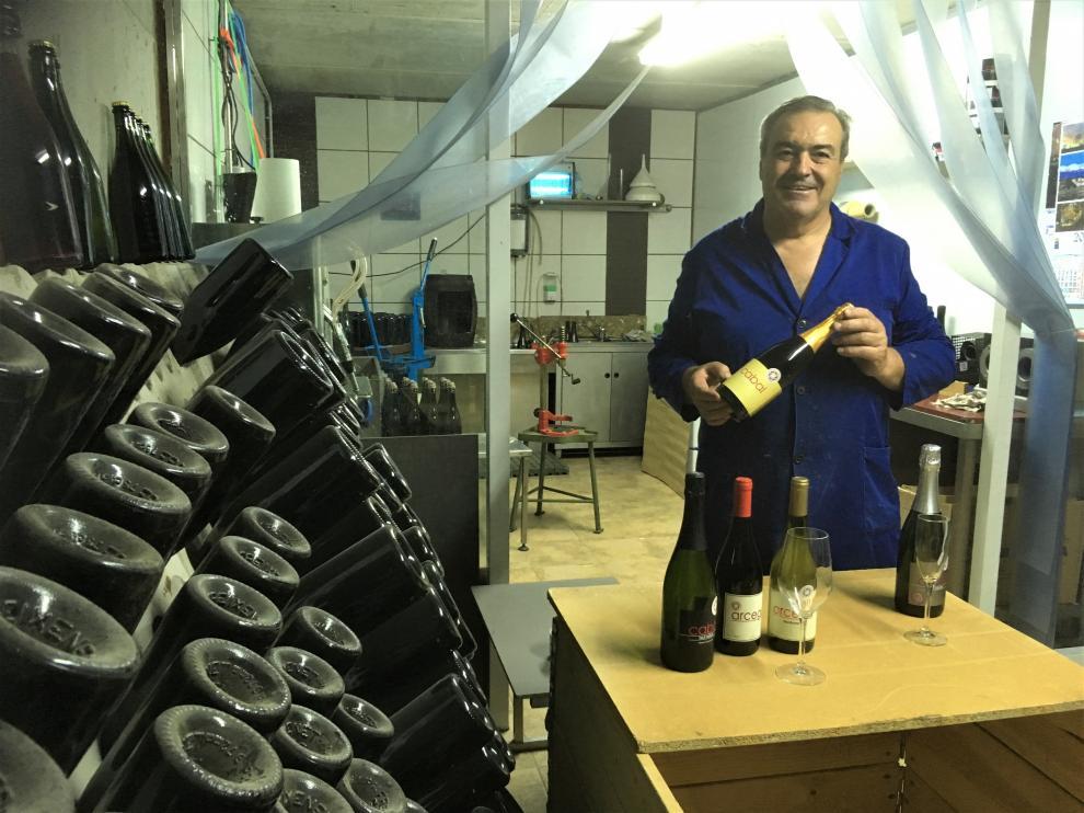 Ángel Arcega, propietario de Bodegas Cabal