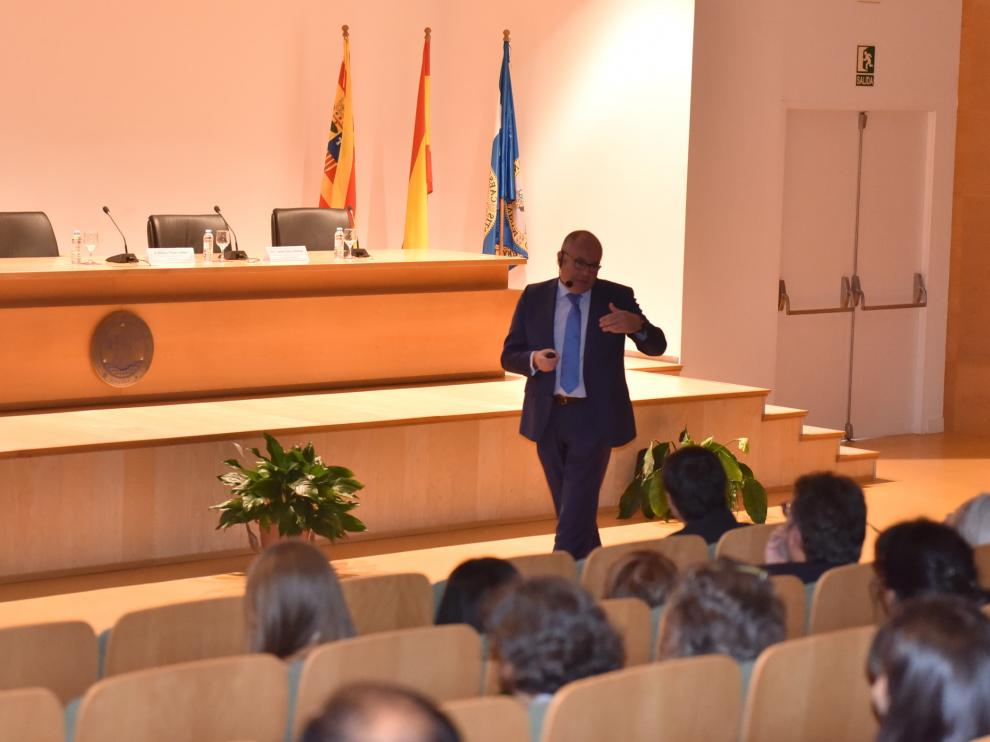 El director de la Agencia de Investigación, el altoaragonés Enrique Playán en la inauguración