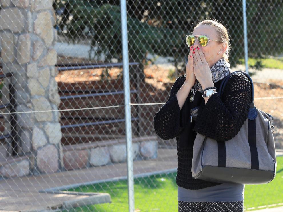 Coral Bistuer, a su llegada al tanatorio de Cercedilla para despedir a Blanca Fernández Ochoa.