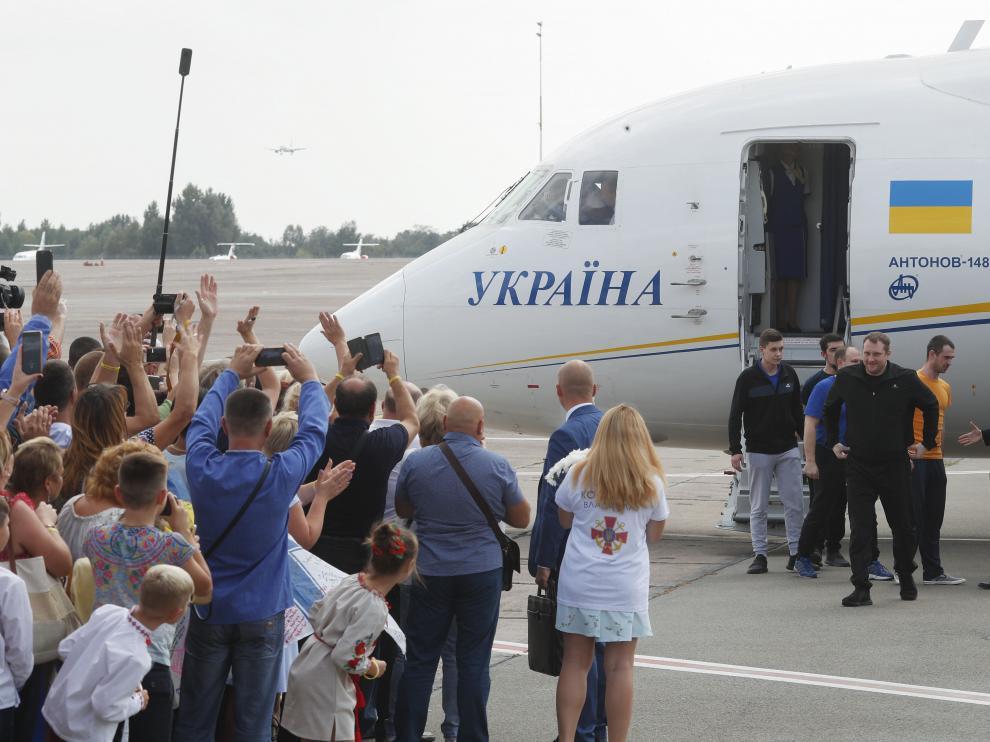 Rusia y Ucrania tratan de normalizar relaciones con intercambios de presos