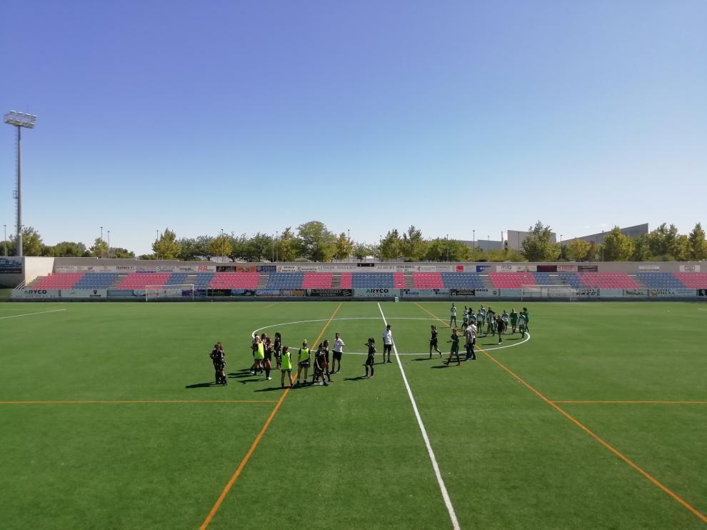 Partido ZCFF - Racing, disputado en el estadio de Villanueva de Gállego.