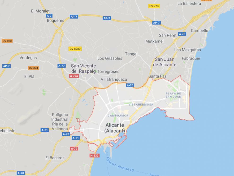 El cuerpo del bebé ha aparecido en la calle General Ilizaicin, en el barrio de Carolinas Bajas de Alicante.