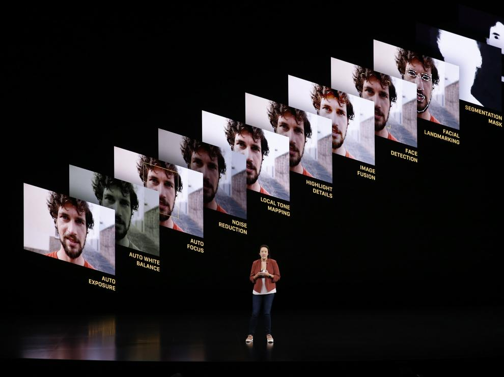 Cupertino (United States), 10/09/2019.- Apple Vice President of worldwide iPod, iPhone, and iOS product marketing Greg Joswiak speaks during the Apple Special Event in the Steve Jobs Theater at Apple Park in Cupertino, California, USA, 10 September 2019. (Estados Unidos) EFE/EPA/JOHN G. MABANGLO Apple Special event at Apple Park