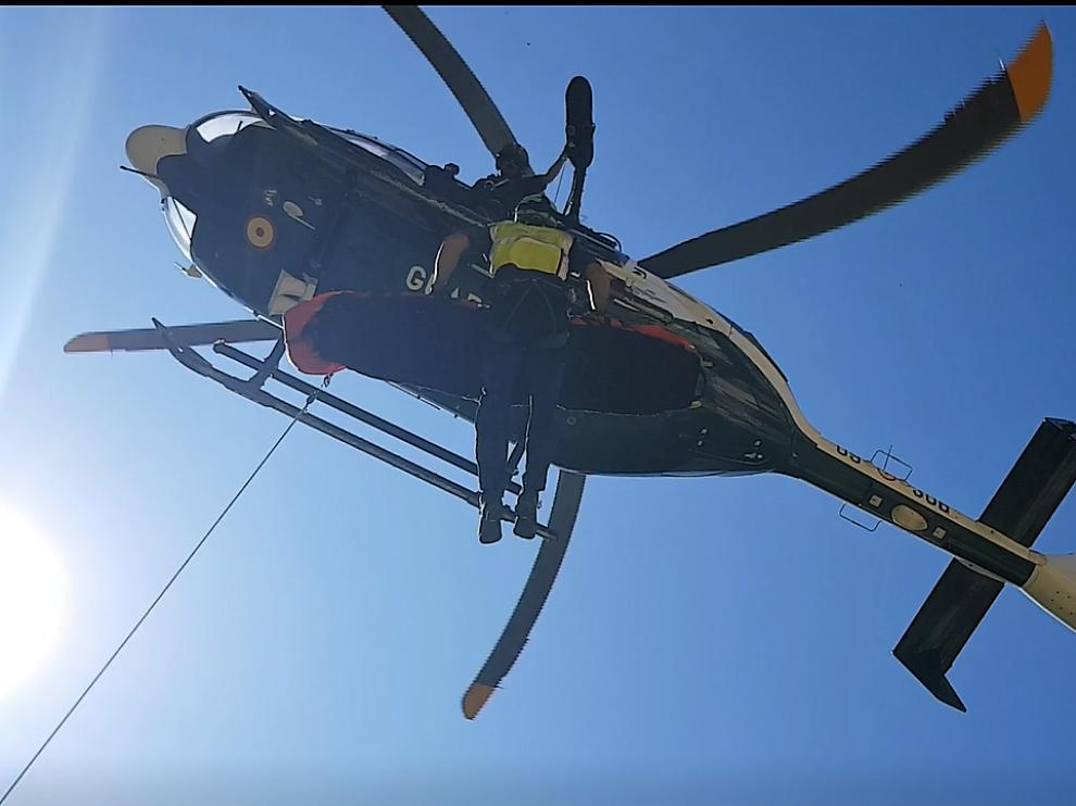 Rescate del escalador fallecido el domingo en Rodellar por una caída.