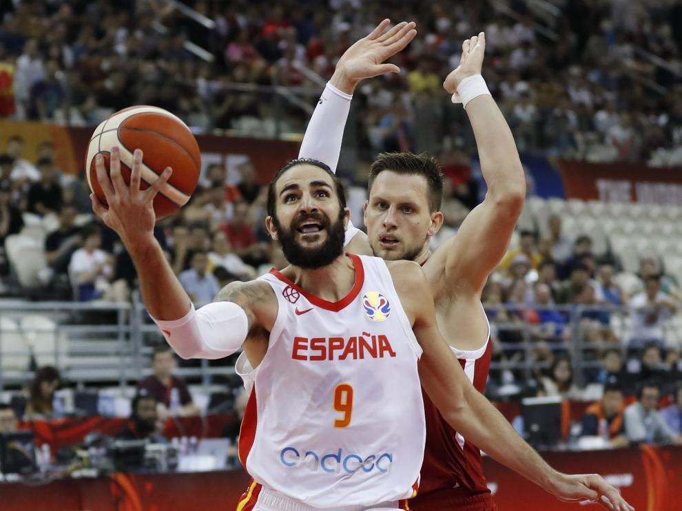 Basketball - FIBA World Cup - Quarter Finals - Spain v Poland - Shanghai Oriental Sports Center, Shanghai, China - September 10, 2019 Spain's Ricky Rubio in action REUTERS/Aly Song [[[REUTERS VOCENTO]]] BASKETBALL-WORLDCUP-ESP-POL/