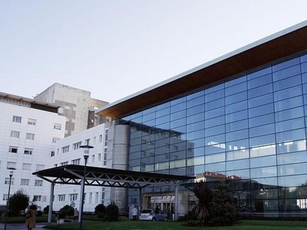 Debido a la gravedad de las heridas, fue derivada desde el Hospital Arquitecto Marcide a un centro sanitario de A Coruña
