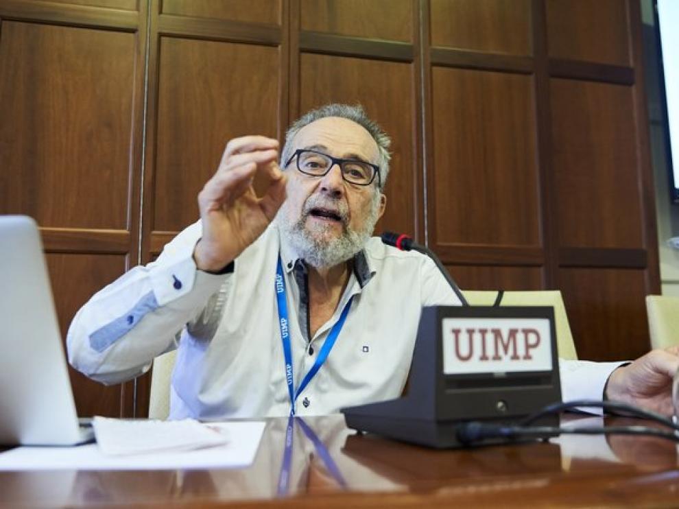 El profesor emérito de Análisis Económico de la Universidad de Zaragoza, Pedro Arrojo.
