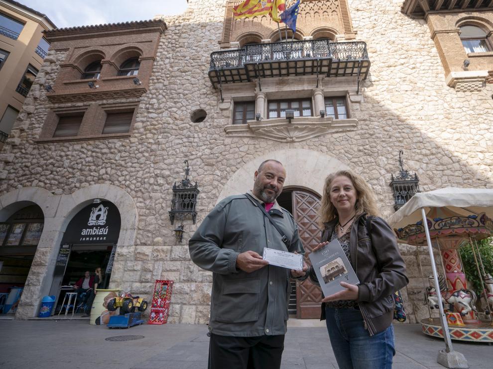 Jorge Moradell y Covi Galeote,organizadores de los actos delcentenario de la inaguracion del casino de Teruel. Foto AntonioGarcia/bykofoto. 23/05/18 [[[FOTOGRAFOS]]]