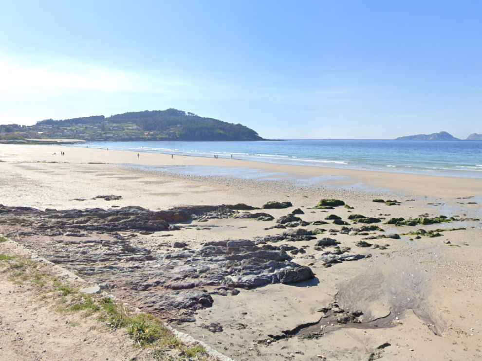 El investigado realizaba fotos y vídeos a mujeres en toples en la playa de Patos Nigrán (Pontevedra).