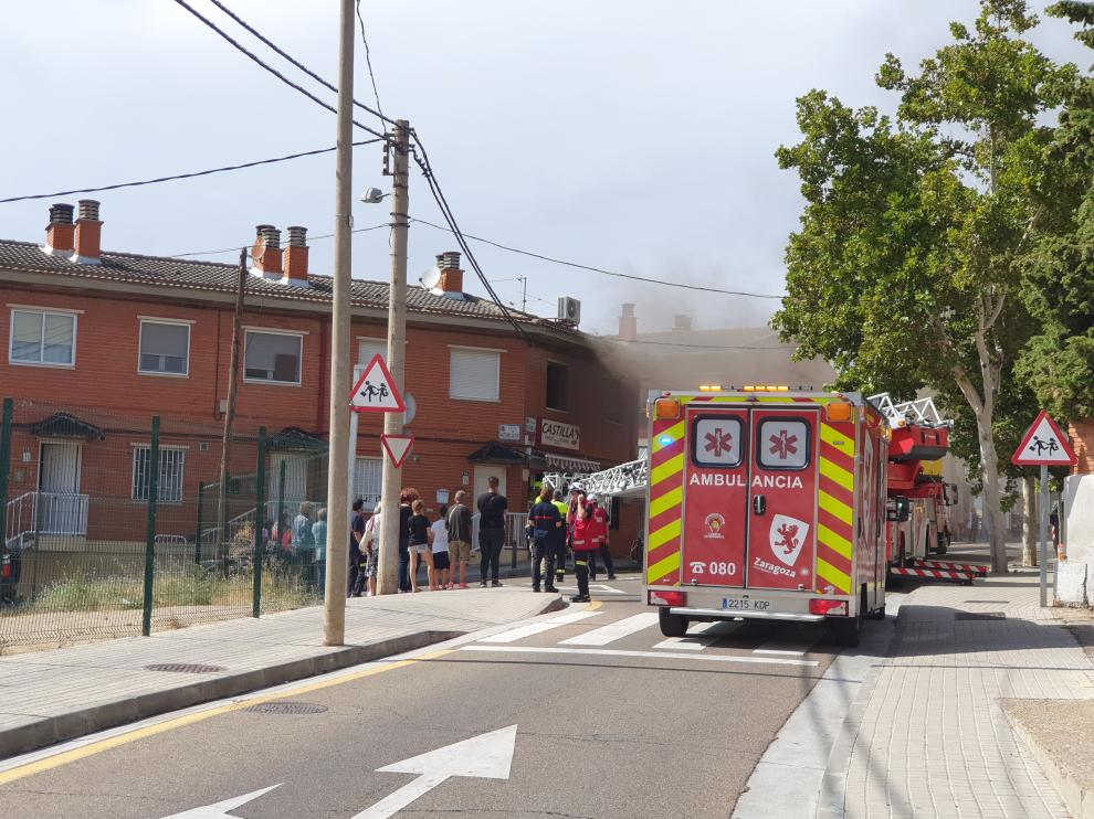 Pequeño incendio en la panadería Castilla, en Miralbueno.