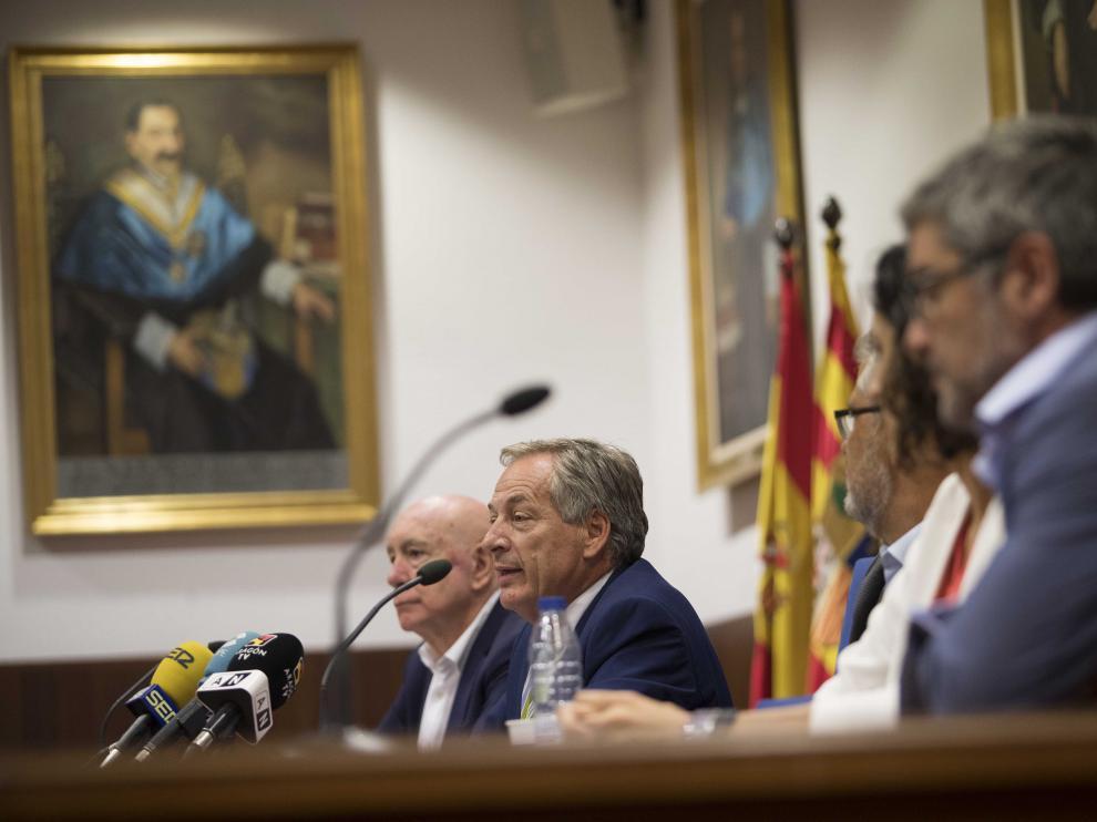 Un momento de la presentación de los másteres de referencia de la Universidad de Zaragoza, este viernes, en la Facultad de Ciencias.