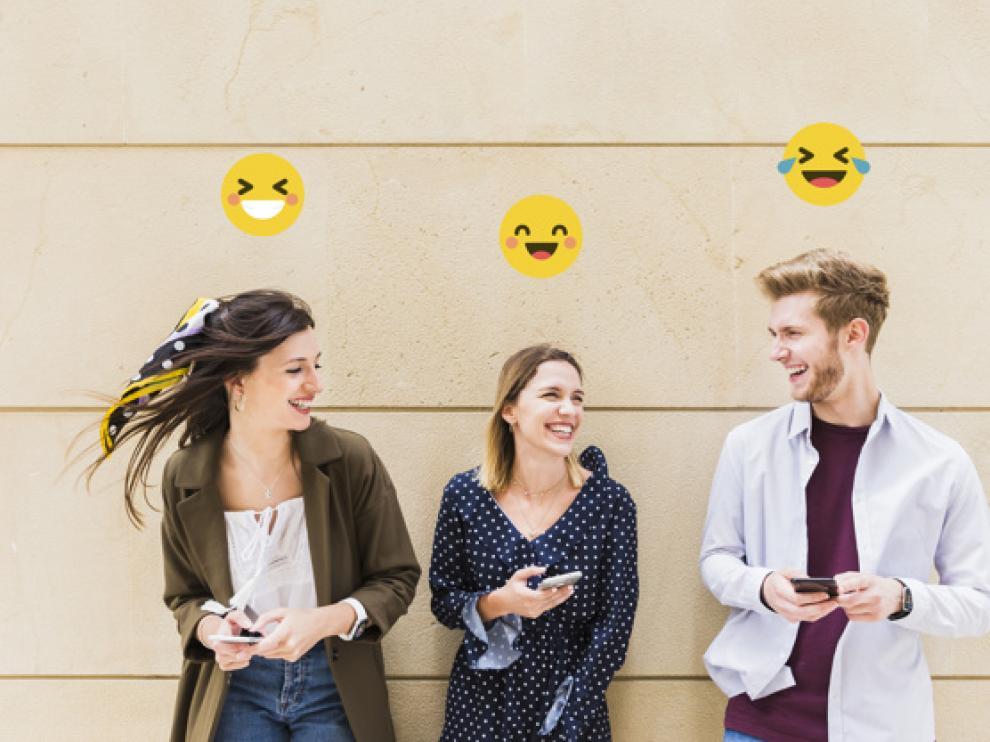 Movil emoticonos reír