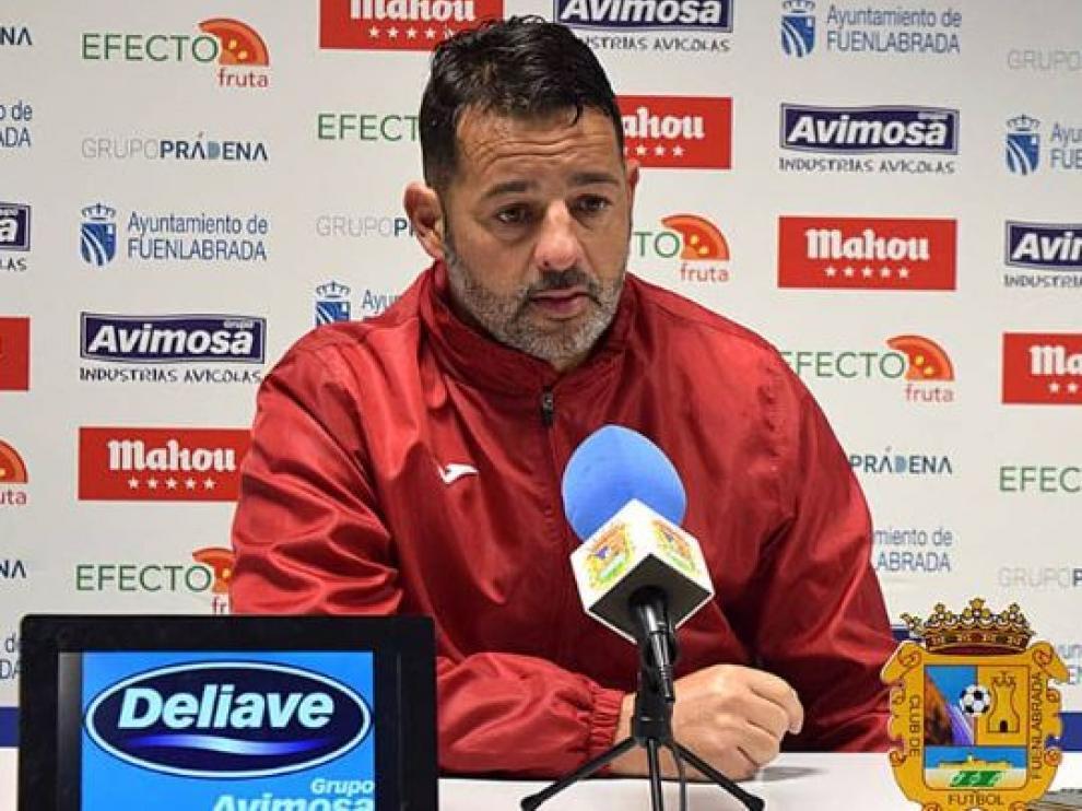 Baldomero Hermoso 'Mere', entrenador del Fuenlabrada, rival del Real Zaragoza dentro de 24 horas en el estadio del club madrileño.