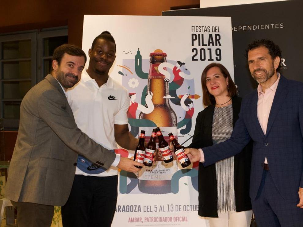 Presentación de la edición especial de Ámbar por las Fiestas del Pilar.