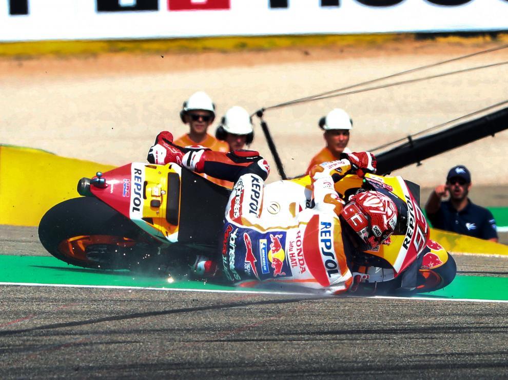 Marquez lidera con autoridad la primera jornada de entrenamientos del Gran Premio de Aragón de Moto GP.