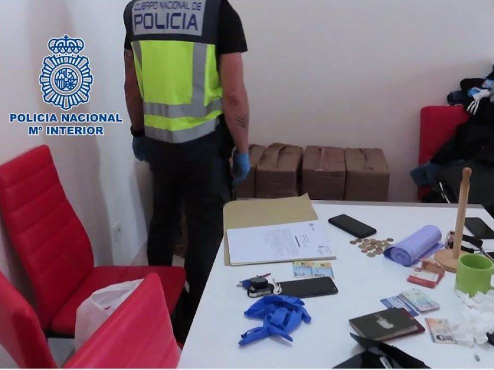 Intervienen casi 700 kilos de cocaína que iban a ser distribuidos en Europa