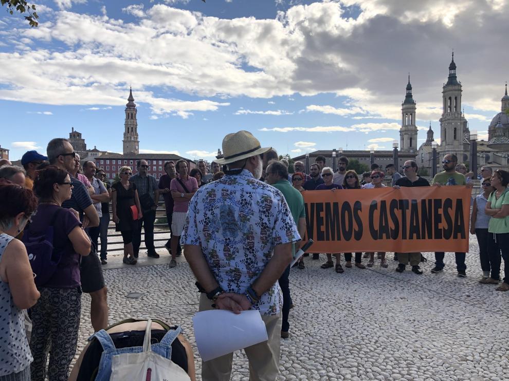 Los asistentes a la manifestación, ayer en el Balcón de San Lázaro