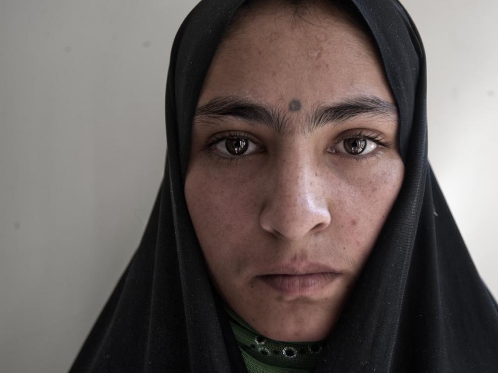 Masuma, 18 años, la prometieron con tan solo 7 años con un hombre casado de 30 con el que contrajo matrimonio siendo menor y del que quiere divorciarse.