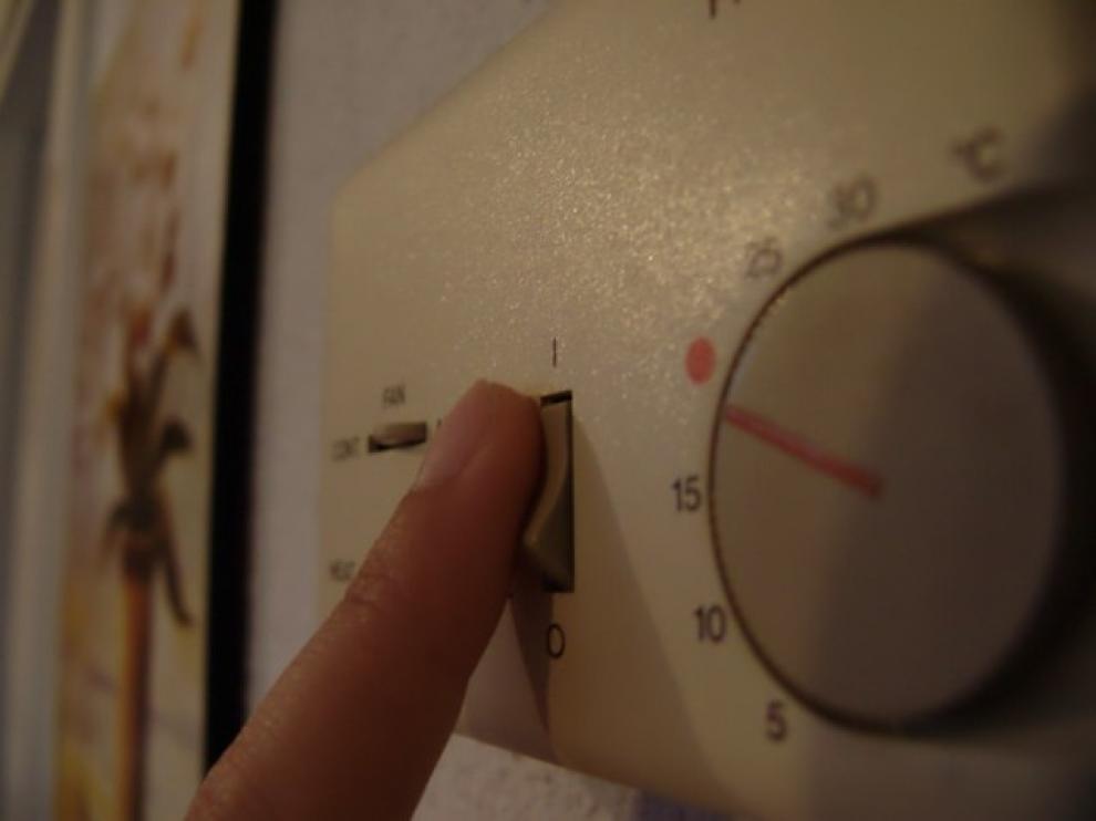 ¿Encendemos o apagamos el aire acondicionado en el trabajo?
